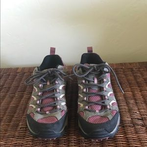 Merrell Moab Hiking Shoe Gray/Blush